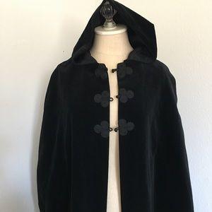 Vintage Black velvet hooded cape/cloak